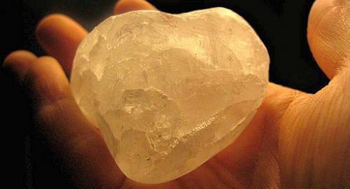Questa pietra non è uguale a tutte le altre: scopri cos'ha di speciale